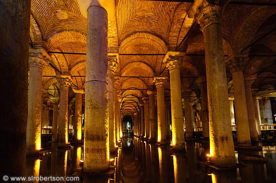 Basilica Cistern - Bangunan bawah tanah paling indah