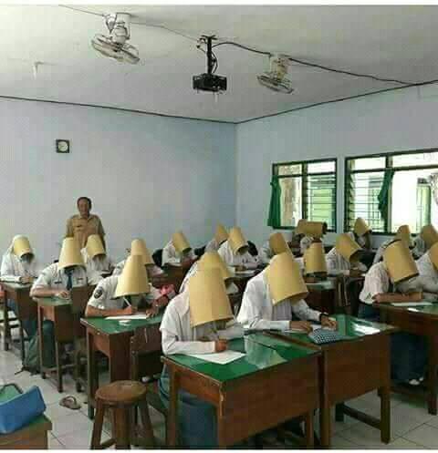 kreatif, biar siswa tidak mencontek