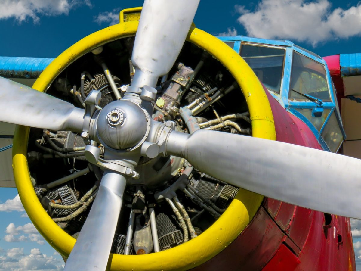 enginer pesawat