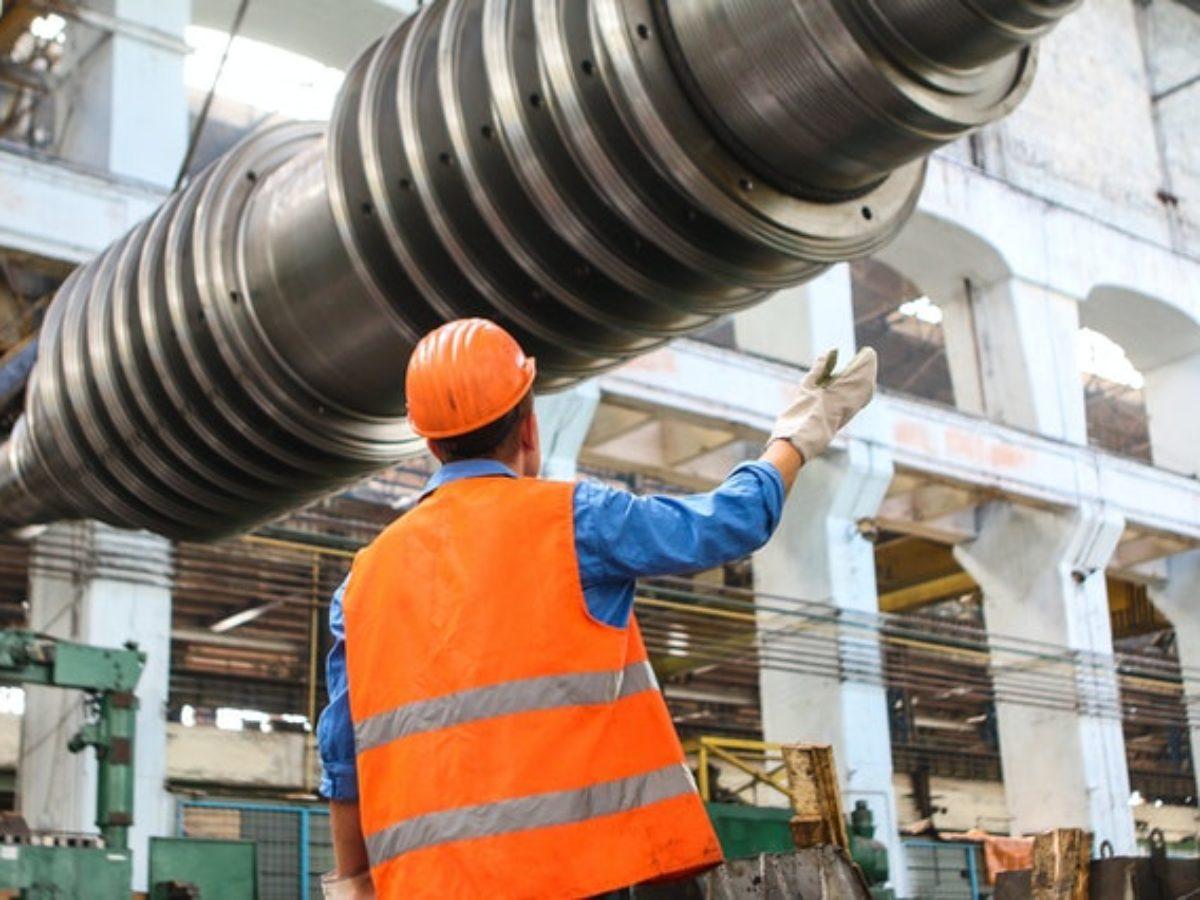 operator mesin produksi
